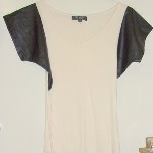 Tops - Yal Women's Tee w/ Faux leather Sleeves M